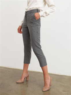 Cropped trousers Авмари