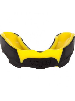 Капа боксерская Venum Predator Mouthguard Black/Yellow Venum