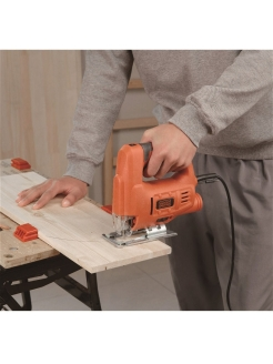 Лобзик Black & Decker JS20-RU Black+Decker