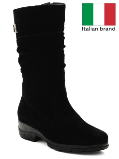 High boots, casual Federica Rodari