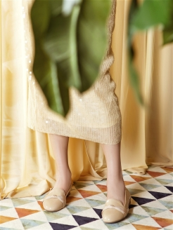 Слиперы BEIGE PEARL RABBIT LOAFERS