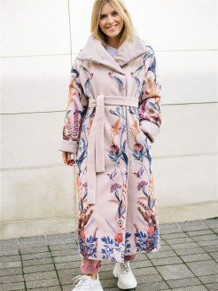Winter coat from viscose Yadviga Locika